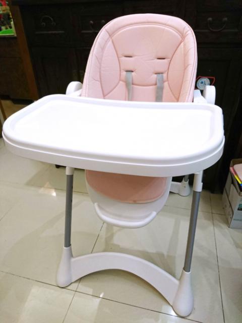 二手 馬卡龍粉色BB餐桌椅 $120 HinHin(8/29 17:14) 二手 嬰兒用品 孕婦 育嬰 送贈
