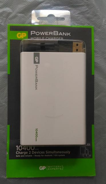 大容量GP10400mAh快速充電器 tom48(9/12 09:00) 二手 電話 相機 遊戲機