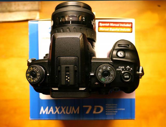 已售出。謝謝各位老友!不正常系列---MINOLTA數碼相機 D7D oldpeter(9/6 10:23) 二手 電話 相機 遊戲機