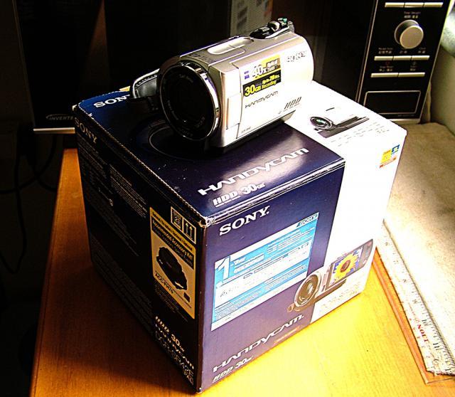 已售出。謝謝各位老友!正常系列---SONY攝錄機 DCR-SR42E KIT oldpeter(9/14 17:35) 二手 電話 相機 遊戲機