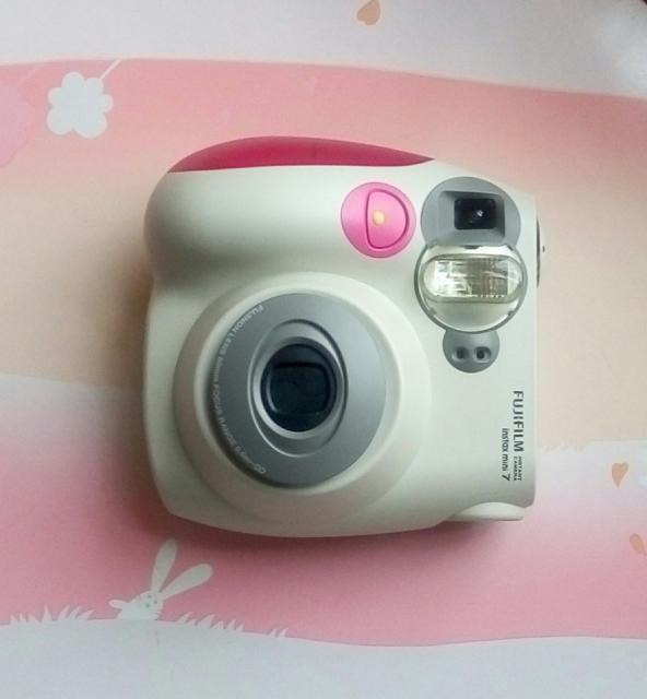 FujiFilm即影即有相機 chiartcol(10/20 16:01) 二手 電話 相機 遊戲機