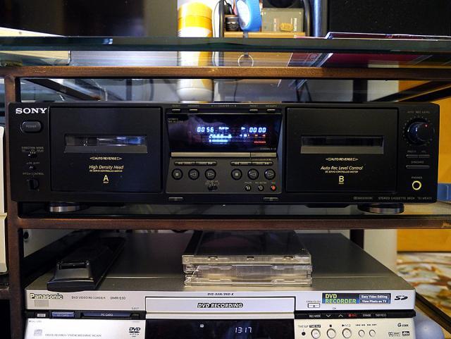 已經售出。謝謝!$1000 SONY Cassette Deck TC-WE475雙Cassette座 oldpeter(11/16 15:08) 二手 電腦 影音 免費