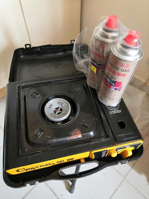 二手星牌GAS 爐 打邊爐用$100 benk(8/28 12:10) 二手 電器 TV  冷熱洗雪燈爐 送贈