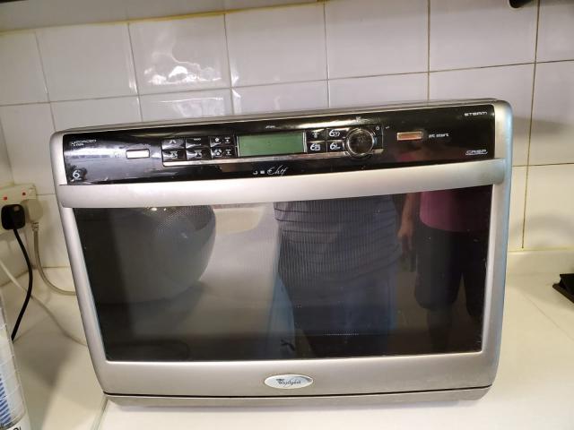Whirlpool microwave oven:  - JT 369 SL 惠而浦獨立式微波爐 karenlamhk(6/4 15:44) 二手 電器 TV  冷熱洗雪燈爐 送贈
